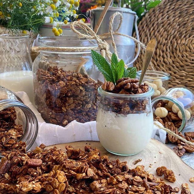 granola casera con crema de anacardos